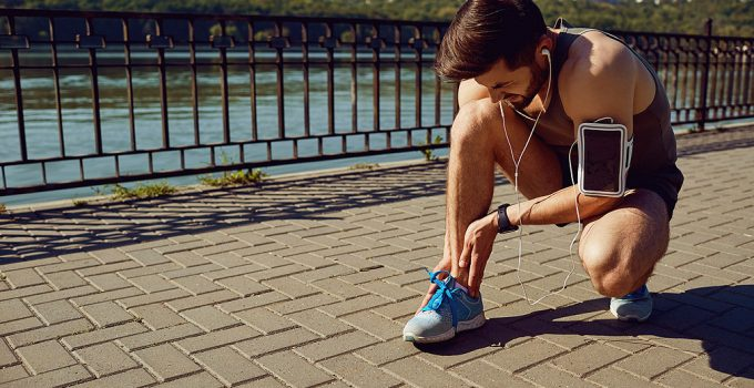 8 Best Running Shoes For The Metatarsal Stress Fracture