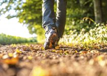 5 Best Walking Shoes For Men With Flat Feet