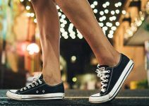 10 best walking shoes for men to wear without socks