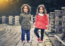 10 Best Walking Shoes For Kids With High Arches 2021